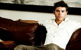 Hollywood Actor Zac Efron wallpapers and imageswallpapers, pictures 1098