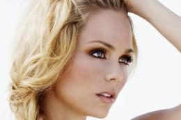 Laura Vandervoort HD Wallpaper Photos 2014HDColorspictures 561