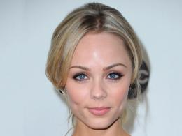 Canadian actress Laura Vandervoort High Definition Wallpapers 1216