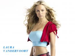 Laura Vandervoort HD Wallpaper | Laura Vandervoort Pictures | Cool 1401