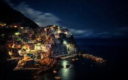 Manarola at night Wallpapers Pictures Photos Images 844