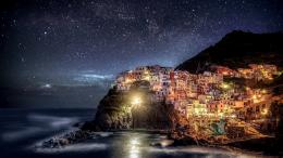 Home » Travel » Manarola, Italy Stars Background Wallpaper 1983