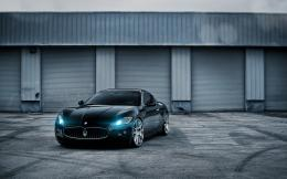 Black Maserati Luxury Car Desktop Wallpaper 271
