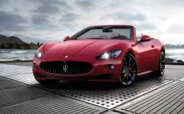 Scenery WallpaperIncludes Maserati GranCabrio Sport, the Dreamy Car 1510