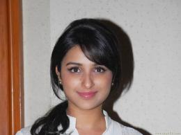 Parineeti Chopra Wallpaper 1091