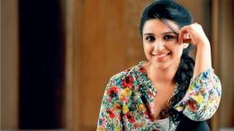 "Share the post ""Parineeti Chopra Hd Wallpapers2014 \"" 1675"