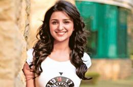 Parineeti Chopra Latest Pic'sPhotos Or Wallpapers | BollyBerg 484