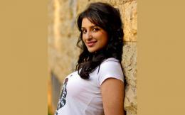 Parineeti Chopra Wallpapers 830
