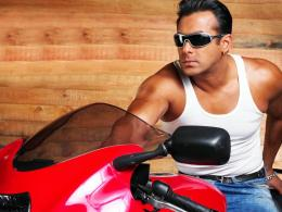 Salman Khan Wallpapers HD 102