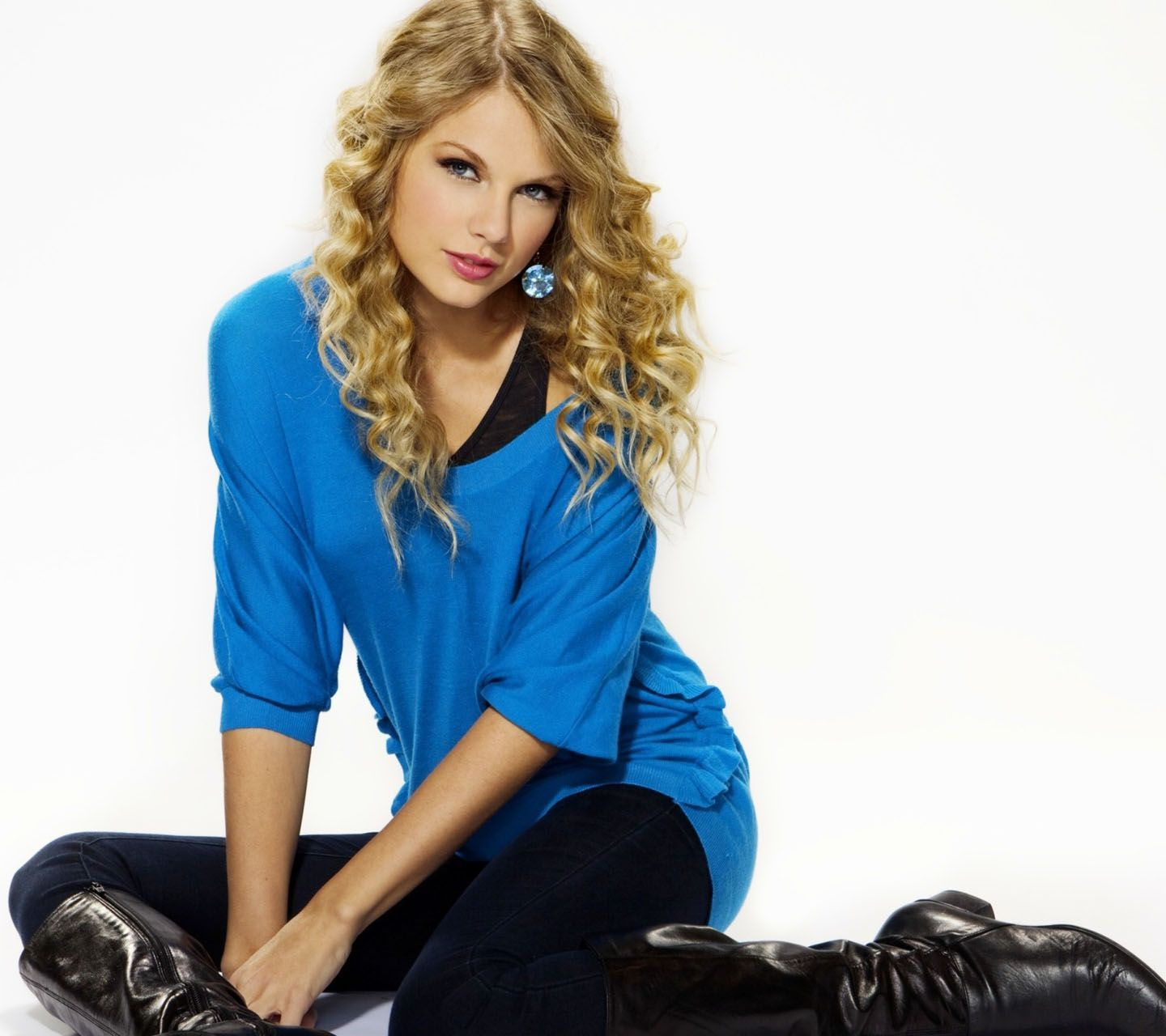 Full View and Download Taylor Swift Wallpaper 30 with resolution of 124