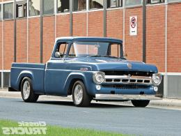 Looks style & loud! blue truck v8 classic 638