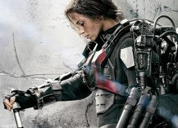 Emily Blunt As Rita Vrataski In Edge Of Tomorrow Wallpaper jpg 693