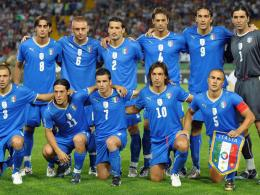 Italy Football World Cup National Team Blue Jersey Hd 628748 2560 1408