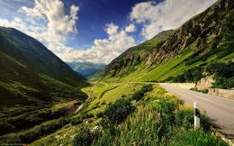 Download Mountain Road Wallpaper 1330