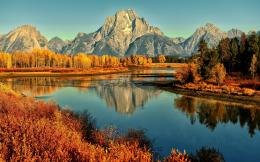 Autumn mountain river Wallpapers Pictures Photos Images 1635