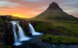 Waterfall in Mountains Wallpapers Pictures Photos Images 1753