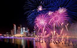 Singapore fireworks Wallpapers Pictures Photos Images 1740