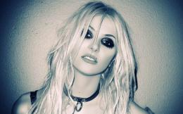 favorite Taylor Momsen Wallpapers to refresh your computer desktop 1560