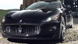 Fresh HD Wallpapers with cool shots of Maserati 1102