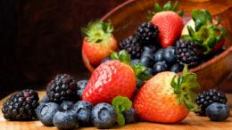 food blackberry fruit strawberries baskets blueberries HD Wallpapers 1030