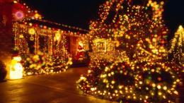 christmas lights warm up this free christmas desktop wallpaper html 157