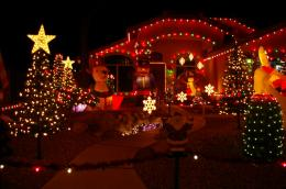 Christmas Lights On House Wallpaper 1289