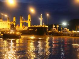 1024x768 Panama Canal Night desktop PC and Mac wallpaper 1257