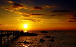 Download: Golden Sunset HD Wallpaper 1159