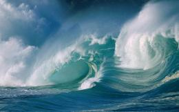 Waves Crashing Desktop Wallpapers 1083