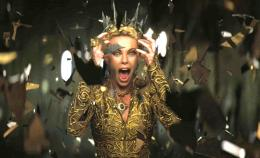 The Queen Snow White And The Huntsman On Set Broken Mirror Hd 1511