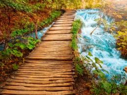 1024x768 Wooden Bridge Fifteen desktop PC and Mac wallpaper 1681