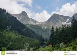 Amazing Mountain Scenery With Small Hidden Hut Royalty Free Stock 1407