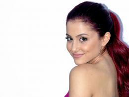 Star HD Wallpapers Free Download: Ariana Grande Hd Wallpapers Free 1366