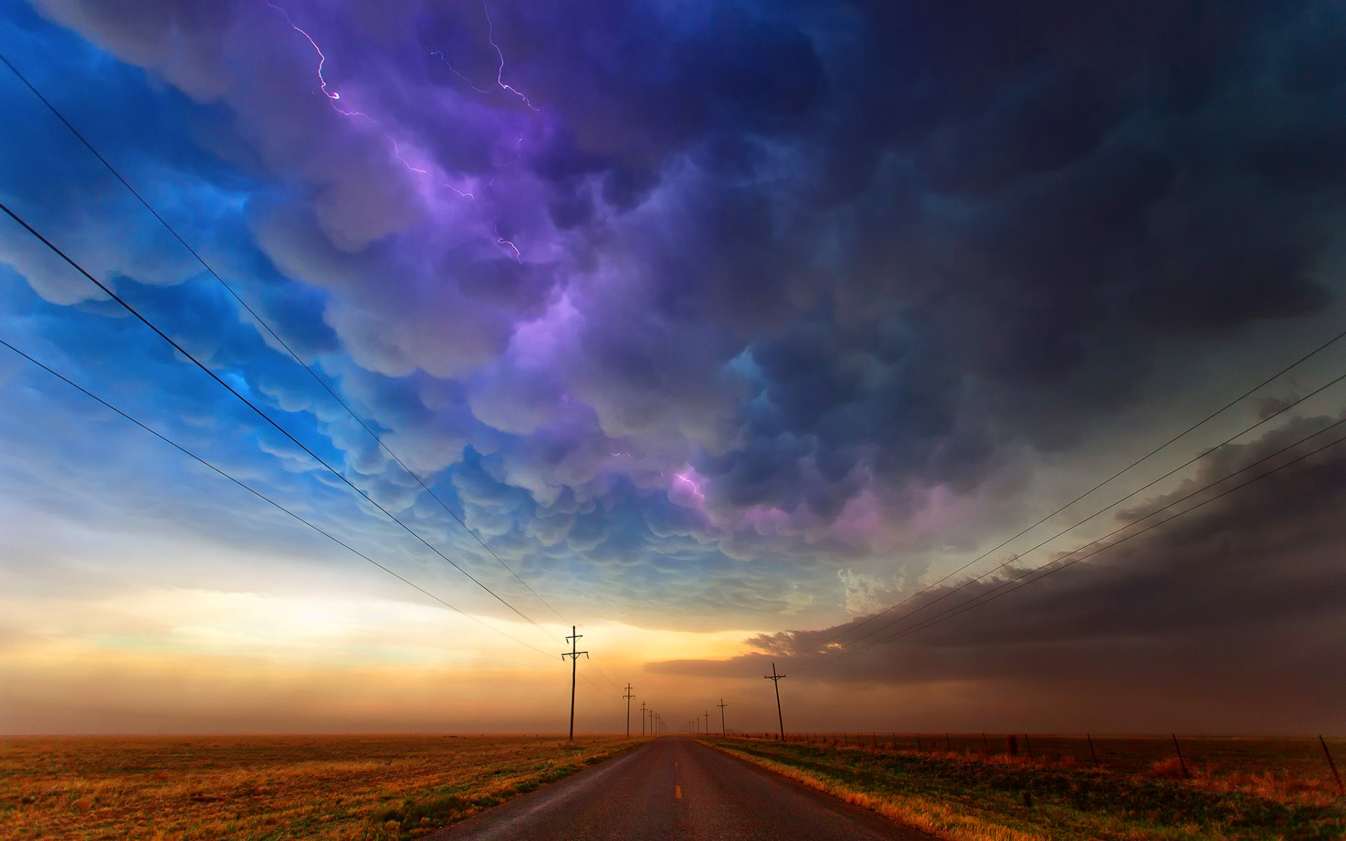 Colorful cloudy sky Wallpapers Pictures Photos Images 1926