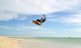 Kitesurfing at Seco Island – A freakin nice paradise island far from 550