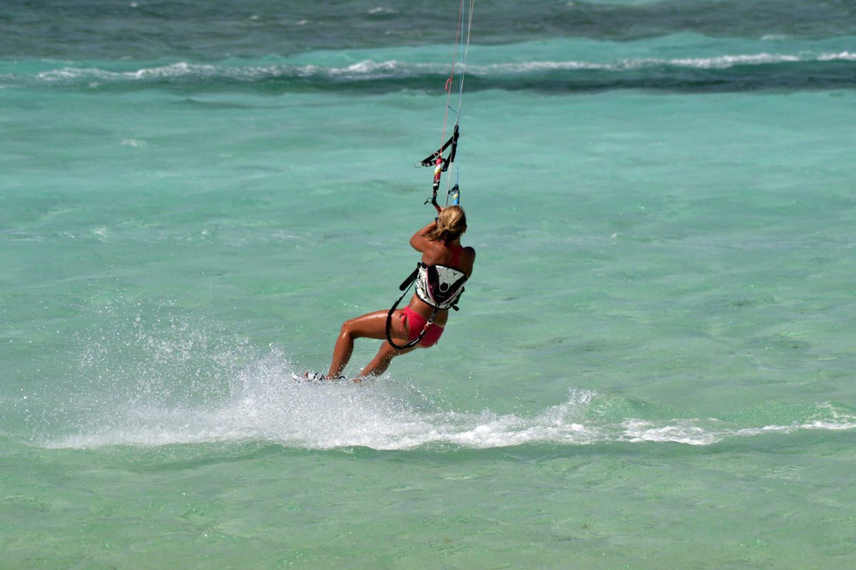 Kitesurfing at Seco Island – A freakin nice paradise island far from 1303