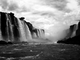 Picture of the Day: Iguazu Falls from Below 453
