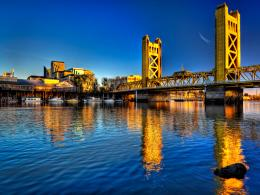 Sacramento River at Tower Bridge, Sacramento, California | Flickr 458
