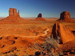 monument valley towers in public domain image category: desert is in 259