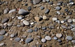 Pebbles on the beach wallpaperPhotography wallpapers#446 437
