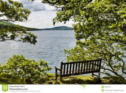 seat overlooking Windermere at Rawlingson\'s Nab in the English Lake 1448