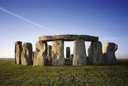 Enjoy a visit to an English Heritage site with some inspiring artistic 983