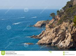 Rocky Beach Stock ImageImage: 34315861 977