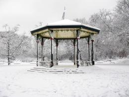 Posts Tagged 'battersea park music pavilion' 694