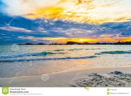 Beautiful sky on the beach in sunset at Naang rum beach, Thailand for 1427