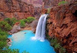 Havasu FallsGoing here in July!!! Can\'t wait to see how it\'s 690