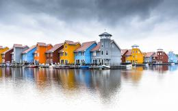 Colorful Houses Water Reflection HD Wallpapers 883