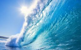 Windows 8 Giant Wave WallpaperMassive blue rolling wave about to 672