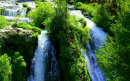 Green Mountain Waterfall wallpaper 918