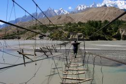 dangerous bridge hussaini hanging bridge jpg 1184